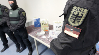 Csaknem ezerötszáz rendőrt vetettek be a kábítószer-kereskedők elleni belgiumi razziában
