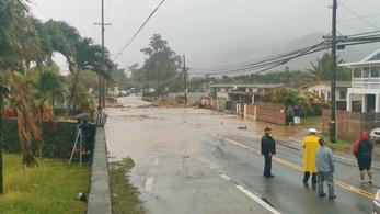 Brutális áradások Hawaiin, rendkívüli állapotot hirdettek