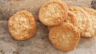 Ezeket az isteni gyömbéres-mogyoróvajas kekszeket akár le is fagyaszthatod