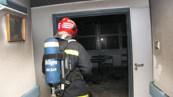 Több mint száz embert kellett kimenekíteni a székesfehérvári kórházból