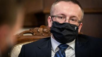 Letartóztatták a szlovák titkosszolgálat vezetőjét