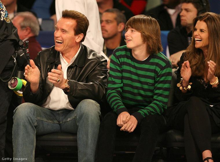 Arnold és Patrick Schwarzenegger, illetve Maria Shriver (az édesanyja) 2008-ban