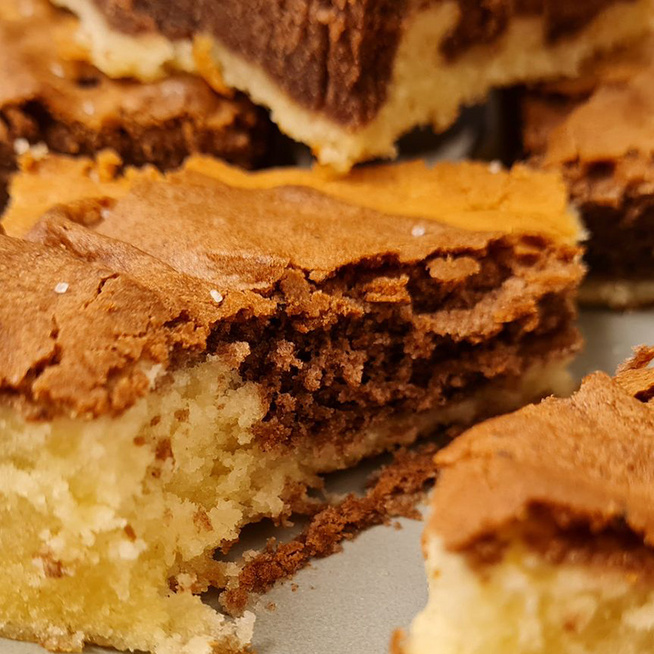 Nagyon puha, vaníliás-kakaós sütemény: egyszerűen készül a mutatós finomság