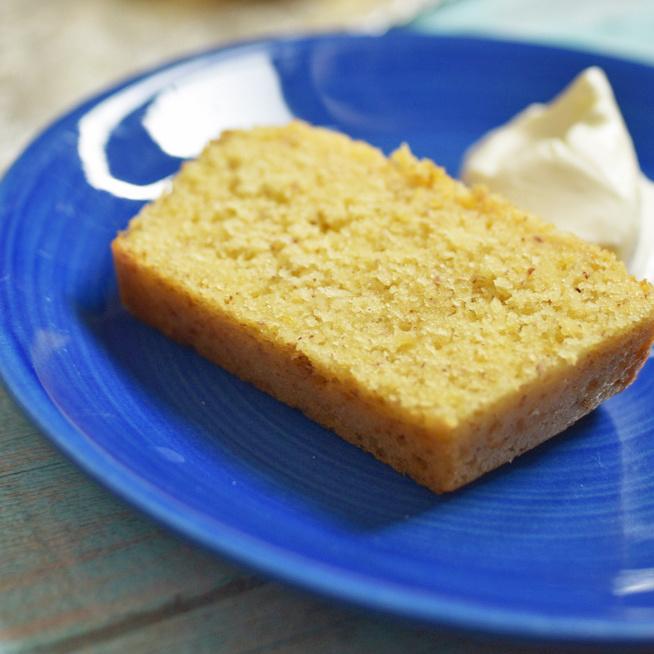 Napokig puha marad ez a szaftos, citromos sütemény: csak keverni kell