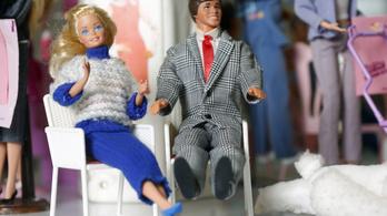 Hatvanéves Ken, Barbie barátja