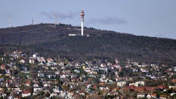 Csillagvizsgáló is épülhet a Hármashatár-hegy elhagyatott bunkereiben