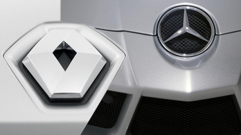 A Renault eladja Mercedes részvényeit