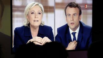 A franciák csaknem fele szerint Le Pen jövőre legyőzi Macront