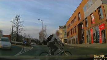 Ezért szálljunk le a bicikliről a zebrán