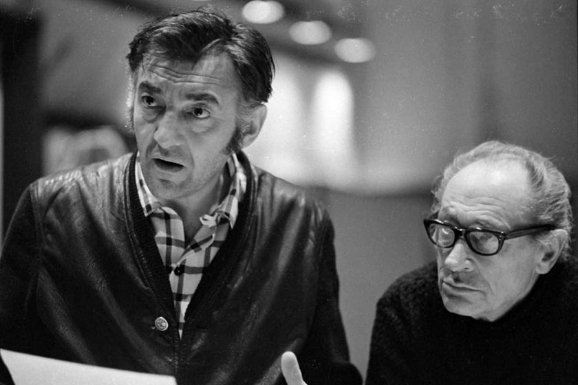Sinkovits Imre és Bánhidi László 1971-ben a Magyar Rádió stúdiójában A csillagszemű juhász magyar népmese alapján készült, Az eltüsszentett birodalom című mesejátékban.
