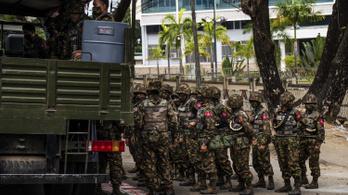 Letartóztatták és bántalmazták a német hírügynökség újságíróját Mianmarban