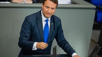Újabb kormánypárti képviselő mondott le korrupció gyanú miatt Németországban