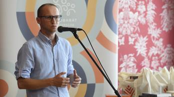 Demeter Szilárd: A művészek se kormánypárti, se ellenzéki szólamokat ne böfögjenek