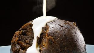 Angol csokis puding – egy kevés konyakkal gőzöld tökéletesre!