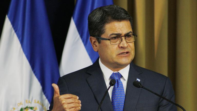 Drogcsempész államfő: az amerikaiak célkeresztjében a hondurasi elnök