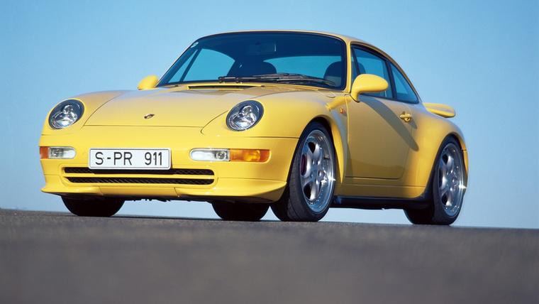 Követve a mintát, a 993-as is pont úgy készült, mint előtte az összes többi modell