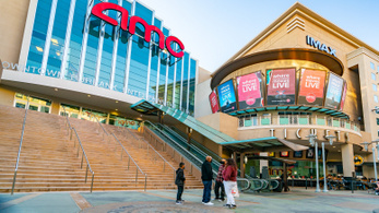 Nyitnak a mozik Los Angelesben