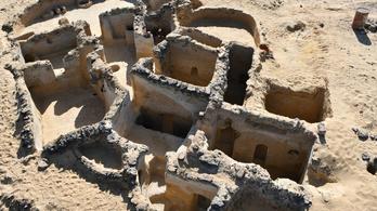 Ezerötszáz éves graffitiket fedeztek fel Egyiptomban