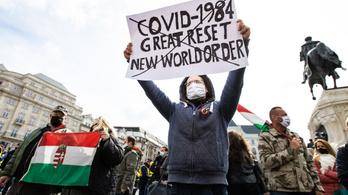 Csaknem háromszáz feljelentést tett a rendőrség a tiltott hétfői tüntetések miatt