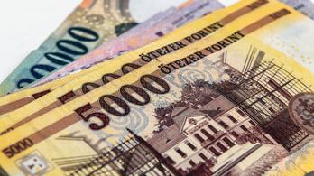 A forint árfolyama miatt veszít értékéből a magyar átlagbér