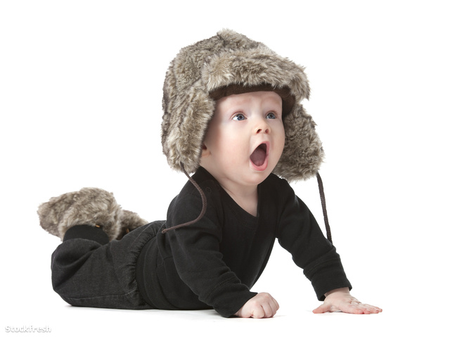 stockfresh 689419 cute-baby-wearing-hat sizeM