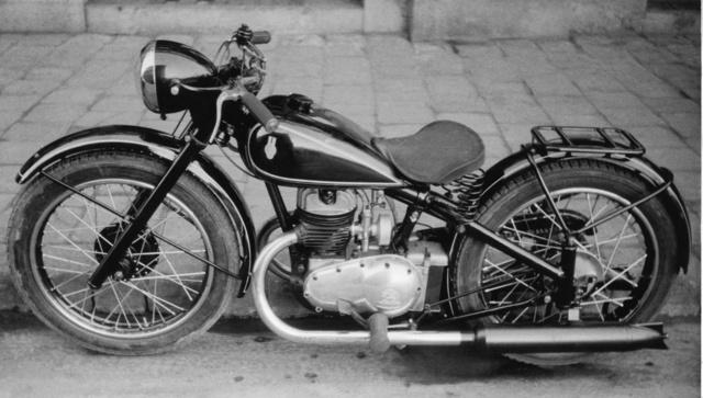 TWN motorral az első-hátsó rugózású Urbach 1938 tavaszán