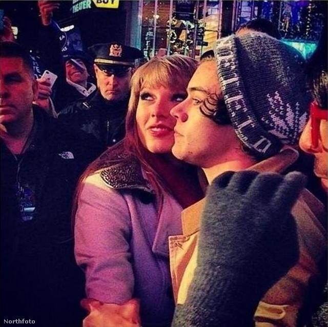 A Taylor Swift randevú harry stílusok 2013-ban