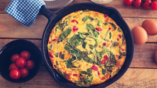 Burgonyás frittata pestóval és kecskesajttal – remek, olaszos reggeli
