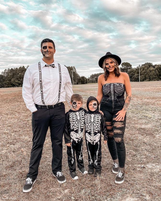 Ez a kép Halloweenkor készült, az akkor még csak vőlegény neve Chris, és ő 27 éves.