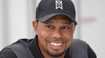 Tiger Woods elhagyhatta a kórházat