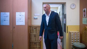 Berki Krisztiánnak két és fél év letöltendőt ajánlott az ügyészség