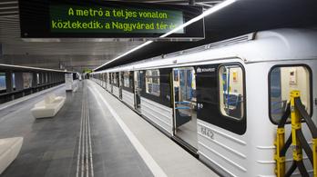 Légkondicionálókat tesztelnek a 3-as metró kocsijain