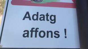 Adatg affons! Felismeri a nyelvből, melyik nyugat-európai országban készült a kép?