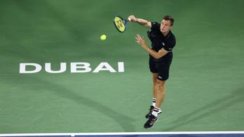 Fucsovics tovább remekel, már negyeddöntős Dubajban
