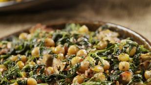 Spenótos csicseriborsó-curry – egy szelet pirítóssal is remek vacsora lesz