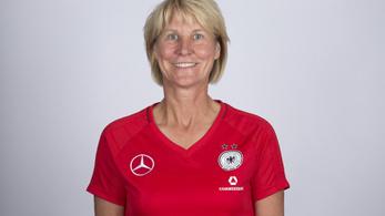 Először vezeti külföldi edző a női válogatottat