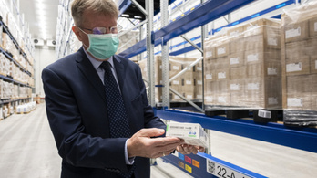 Tiltott összejátszást gyanít a gyógyszerpiacon a GVH