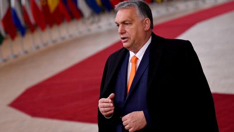 Kockázatos útra léphet a Fidesz az Európai Néppárt után