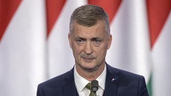 Kubatov Hadházynak: Te egy hitvány ember vagy!