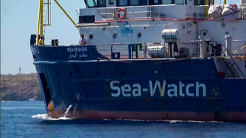 Lefoglalták a Sea-Watch 3 civil szervezet hajóját