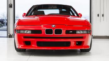 Életre kel az első BMW M8-as