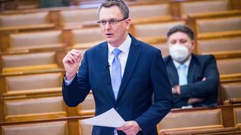 Parlament: lehet-e hősi halott az egészségügyi dolgozó?