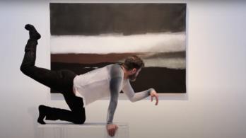 Egy magyar művész eltáncolt egy festményt