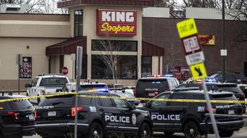 Tíz ember meghalt egy coloradói lövöldözésben