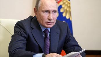 El kell hinni, hogy Putyin beoltatta magát