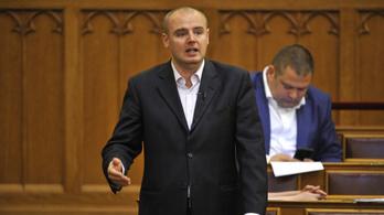Nem nyomoznak a cigarettacsempész volt MSZP-s politikus ellen