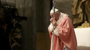 Idén sem lehetnek hívek húsvétkor a Szent Péter téren