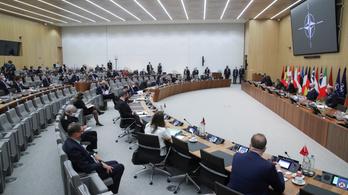 Antony Blinkennel egyeztettek a visegrádi külügyminiszterek