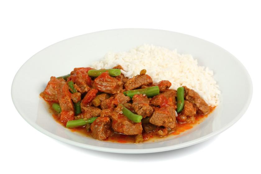 Zöldbabos, fűszeres marharagu: lassan főzve az igazi
