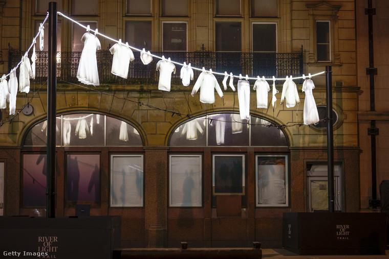 Ez a liverpooli kiállítás összesen két hétig, húsvétig tart.